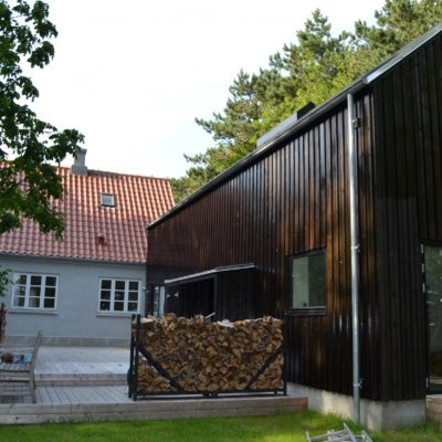 Ny tilbygning til sommerhus.